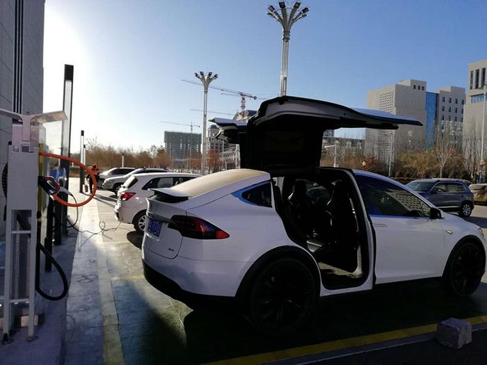 新能源汽车雪天保养